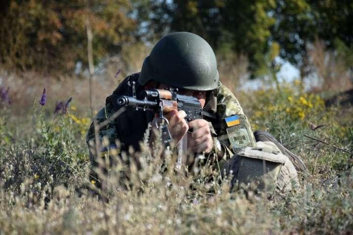 Бойовики три рази обстріляли українські позиції, є поранений - Доба на Донбасі: один військовий поранений