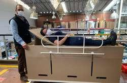 Фото: — <i>Ліжка-труни компанії ABC Displays</i>