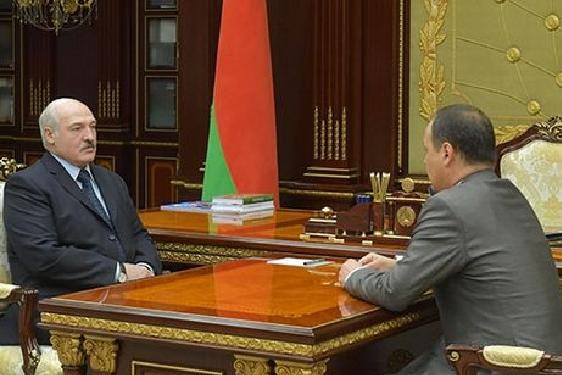 <span>Зустріч із Головченком Лукашенко провів 3 червня</span> - Лукашенко призначив нового прем'єр-міністра Білорусі
