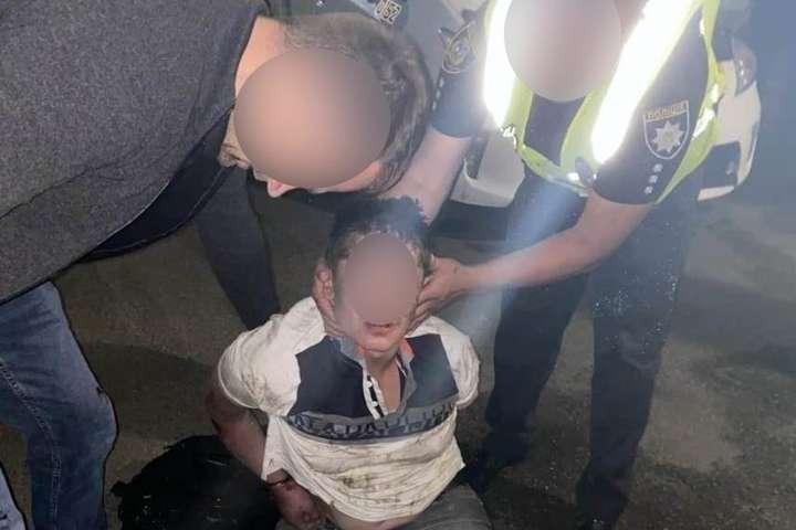 Поліцейські затримали 45-річного нападника — Трагедія на Київщині: у медзакладі пацієнт зарізав лікаря