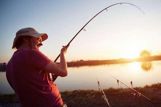 Названо ТОП-6 місць для риболовлі в Києві
