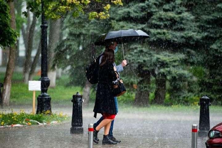 29 червня на Лівобережжі, вдень і в західних областях грози, в окремих районах град - У ДСНС оголосили штормове попередження на 29 червня
