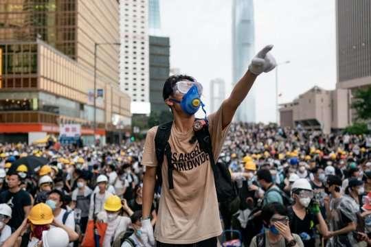 Ухвалення цього закону розкритикували у ЄС, Великій Британії, США та інших країнах — Китай остаточно ухвалив скандальний закон про нацбезпеку в Гонконзі — ЗМІ