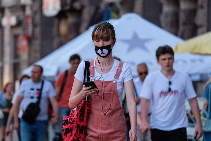 Багато киян перестали дотримуватися карантинних обмежень - У Києві другий день поспіль кількість нових випадків Covid-19 перевищує сотню