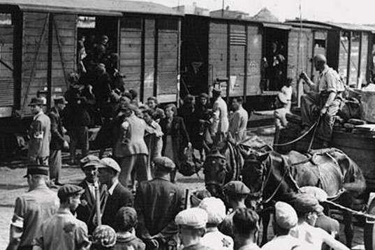 Операцію виселення більшості депортірованих пов'язували саме з руськими — «недавно звільненими» — «Не повернеться ніхто і ніколи». Забута операція «Юг» – масова депортація молдаван