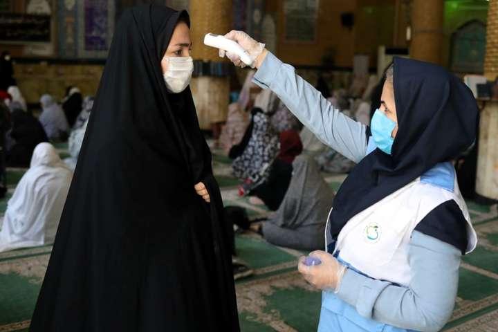 В Ірані зафіксовано вже понад 255 тис. інфікованих Covid-19 - В Ірані заборонили весілля і поминки через коронавірус