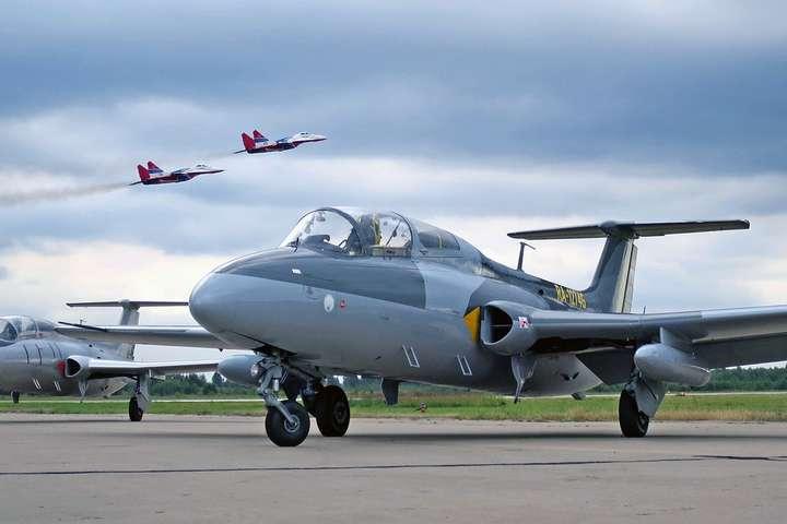 spanЗароблена сума за продаж 20 літаків складає 2 630 848 грн/span - Мін'юст продав на аукціоні 20 арештованих літаків