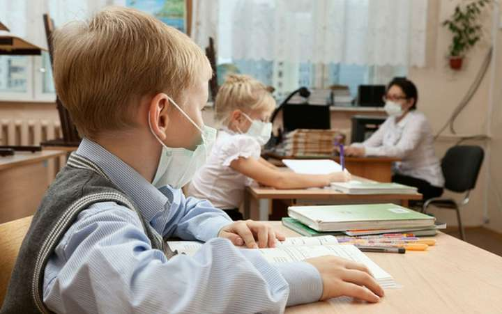 Україну поділять на зони: яким буде навчання з 1 вересня