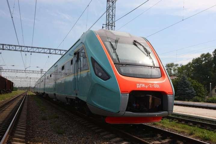 Усиление карантина. «Укрзализныця» сообщила пассажирам об изменениях в движении поездов
