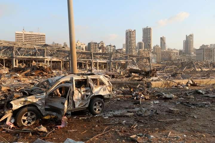 pВнаслідок вибуху зруйновано низку об'єктів інфраструктури та житлових будинків/p - Зруйнований Бейрут. Усі подробиці вибуху в столиці Лівану (фото)