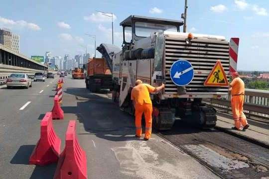 Ремонтні роботи на Південному мосту триватимуть до 28 вересня — До уваги водіїв! Південний міст перекриють на два місяці