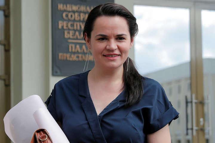 Кандидатка у президенти Білорусі Світлана Тіхановська - У Мінську силовики затримали главу виборчого штабу Тіхановської