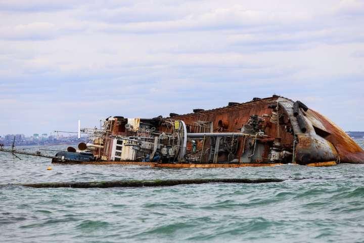 <p>Капітана танкера Delfi засудили до року обмеження волі умовно</p> - Суд виніс вирок капітану затонулого танкера Delfi