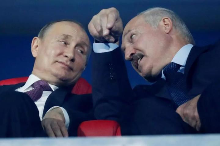 Два диктатори– російський та білоруський, які правлять в своїх країнах більше двох десятеліть