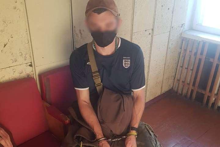 Правоохоронці затримали стрілка — На Київщині чоловік важко поранив жінку з мисливської рушниці (фото)