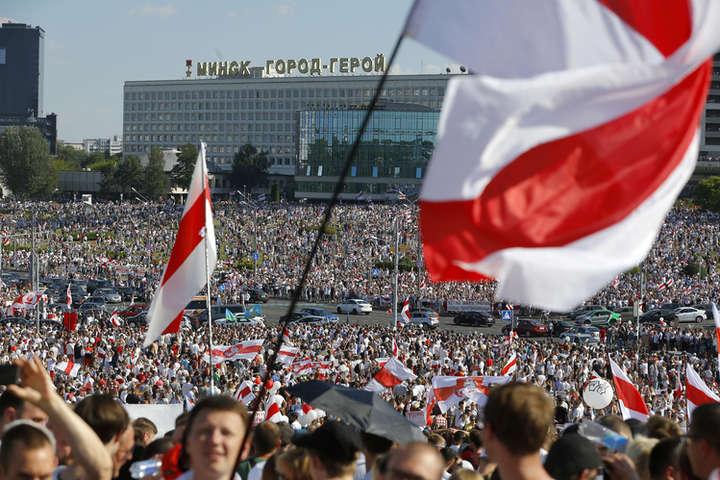 Протести у Білорусі: революція не може тупцювати на місці