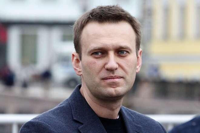 <span>Охорона клініки, де перебуває російський опозиціонер, була посилена після того, як він прийшов до тями</span> — Отруєння Навального: Німеччина назвала умови передачі матеріалів Росії «></div> <p><span>Охорона клініки, де перебуває російський опозиціонер, була посилена після того, як він прийшов до тями</span></p> </p></div> <p>Генеральна прокуратура Берліна підтвердила отримання запиту про надання Російської Федерації правової допомоги у справі про отруєння російського опозиціонера Олексія Навального. Про це<a href=