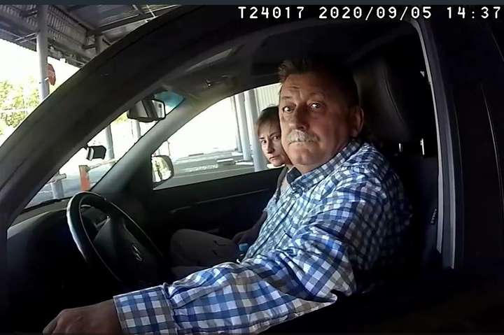 Обшук стався 5 вересня, коли Ігор Кизим повертаався до Мінська - Білоруські прикордонники обшукали авто посла України