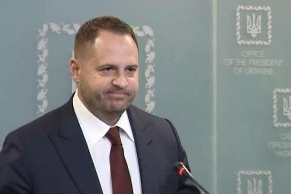 Андрій Єрмак переконаний, що після нинішньої зустрічі дуже багато питань почнуть вирішуватися ефективніше - В Офісі президента розповіли подробиці зустрічі радників лідерів «нормандського формату»