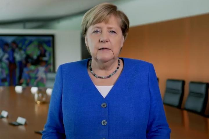 Меркельзакликала пам'ятати, яким великим досягненням є демократія - Меркель підтримала протестувальників у Білорусі