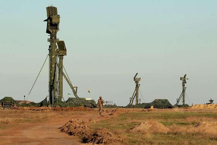 Підрозділи зенітних ракетних військ тренуються дознищення ворожих повітряних цілей - У Міноборони показали тренування підрозділів зенітних ракетних військ