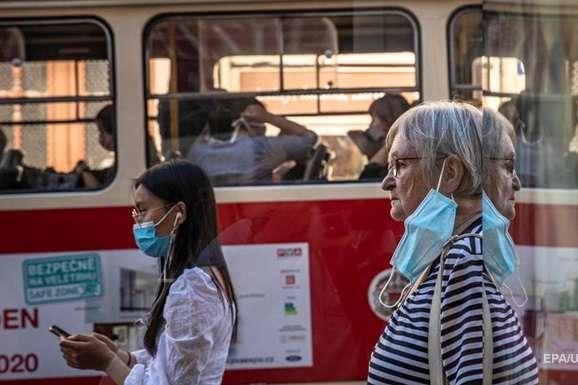 У Чехії почалася друга хвиля епідемії коронавірусу - У Чехії почалася друга хвиля епідемії коронавірусу