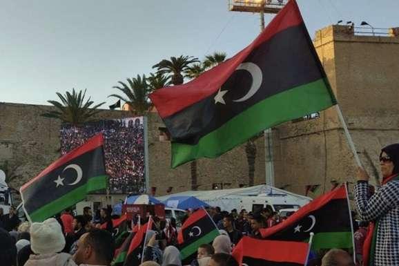 У Лівії зараз спостерігається двовладдя - Тимчасовий уряд Лівії пішов у відставку