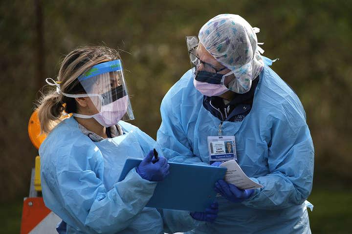 За весь час в світі, за даними ВООЗ, виявлено понад 28,6 млн випадків коронавірусу - ВООЗ зафіксувала рекордну захворюваність на коронавірус за добу