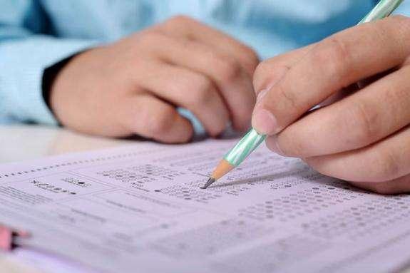 У 2021 році зовнішнє незалежне тестування з української мови буде проводитися як окремий тест. - ЗНО-2021 з української мови буде з новими завданнями
