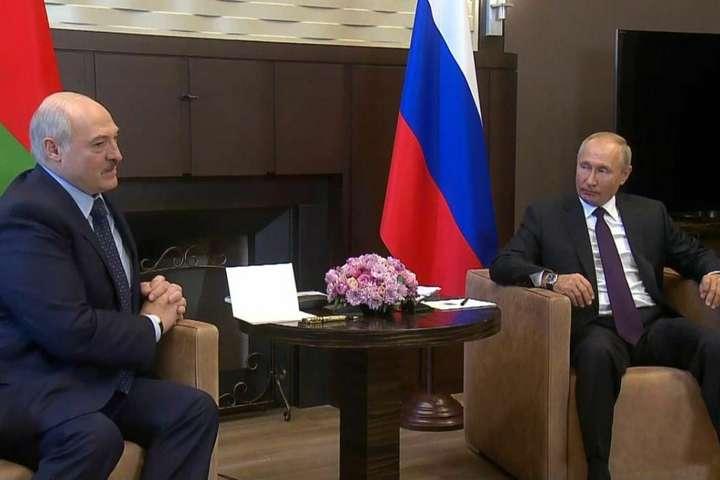 Президент Росії Володимир Путін зустрівся з Олександром Лукашенком в Сочі - Путін пообіцяв Лукашенку кредит на $1,5 млрд