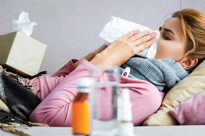 <p>У минулому році на грип захворіли майже п'ять мільйонів українців</p> <p> — На Україну насуваються чотири штами грипу: медики спрогнозували першу хвилю»></p></div> <div class=
