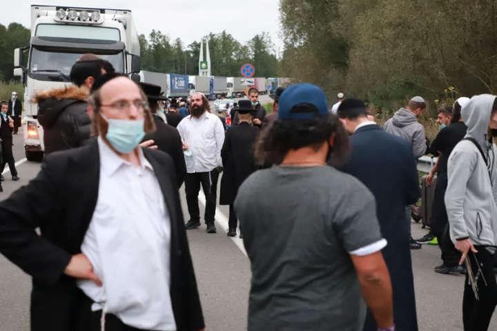 Їзраїль просить Україну пустити хасидів на період єврейського нового року - Ізраїль просить Україну пропустити хасидів з Білорусі
