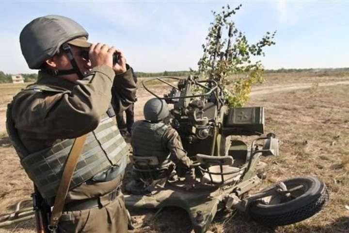 Українські військовослужбовці дотримуються режиму припинення вогню в повному обсязі - Окупанти на Донбасі запустили безпілотник через лінію розмежування