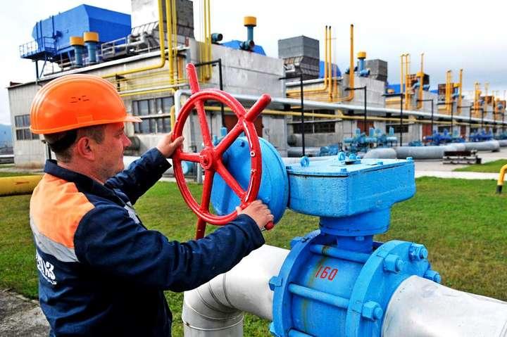 Транзитну угоду міжНАК «Нафтогаз України»та російським«Газпромом»укладено наприкінці 2019 строком на п'ять років — Коболєв розраховує, що Україна отримає від РФ $2 млрд за транзит газу
