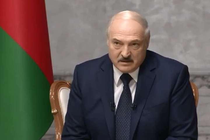 Чехія була ресурсним хабом, а Польща стала інкубатором Telegram-каналів і надала притулок опозиції, а Україна стала форпостом провокацій, - Лукашенко - Лукашенко назвав Україну «сателітом» США і «форпостом політичних провокацій»