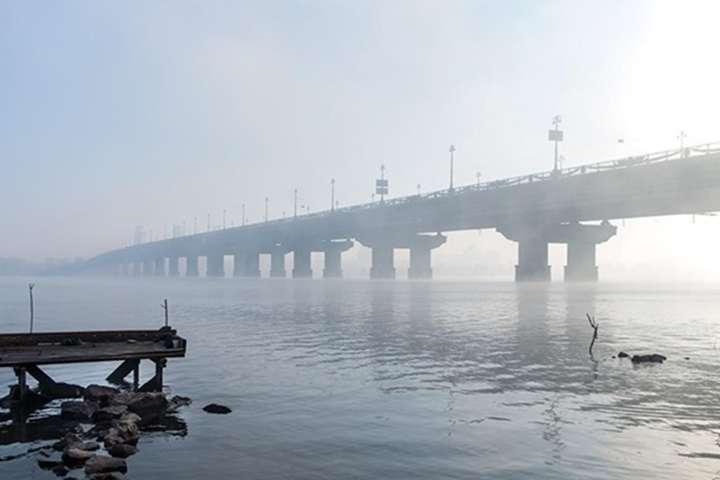 Одна з найбільших транспортних артерій столиці – міст Патона через річку Дніпро - Стало відомо, скільки років треба на реставрацію мосту Патона у Києві