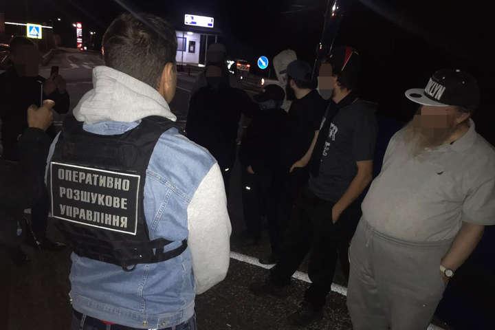 Хасиди прориваються в Україну: група паломників затримана на Закарпатті (фото)