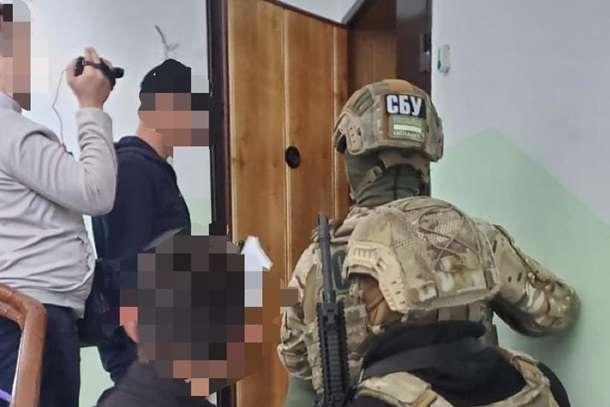 $30 тисяч за закриття справи: на Донбасі слідчого СБУ підозрюють у хабарництві
