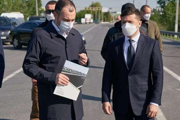 Зеленський побуває на місцевому виробництві - Зеленський на два дні поїхав на Закарпаття