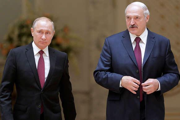 Президент Росії Володимир Путін та Білорусі — Олександр Лукашенко — Путін боїться повторити долю Лукашенка. Президент РФ потрапив у патову ситуацію