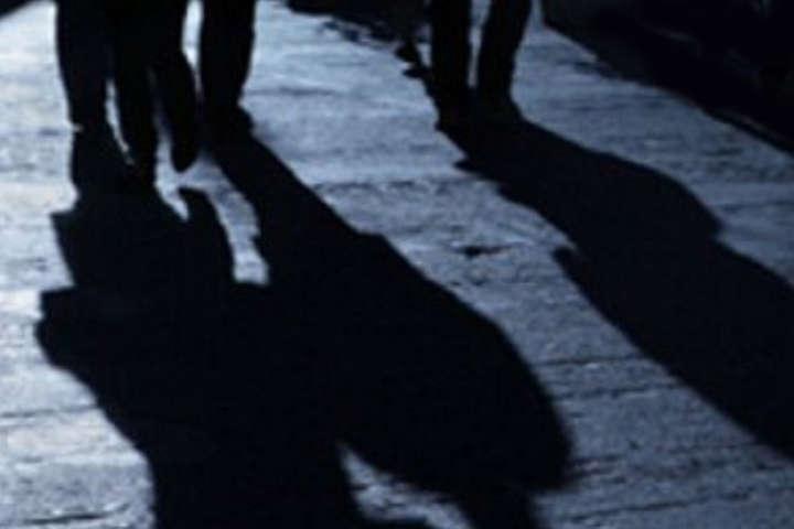 Напад невідомих осіб стався ввечері 27 вересня, неподалік Броварської міської ради
