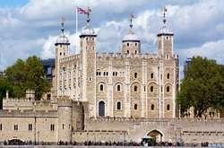 Фото: — <span>Tower of London -<span>одна з найвизначніших архітектурних пам'яток Великої Британії</span></span>