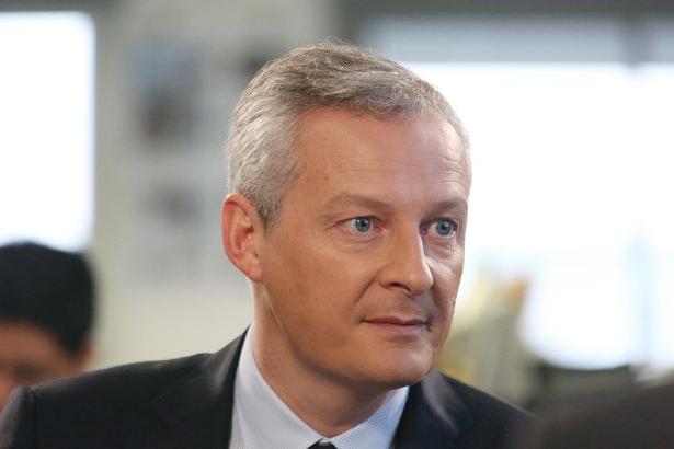 Франції потрібно понад 2 млрд євро для запровадження комендантської години