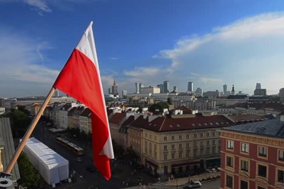 Пандемія у Польщі. Які карантинні правила запроваджують наші сусіди