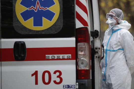 Понад 300 хворих за добу: на Буковині заявили про антирекорд зараження коронавірусом