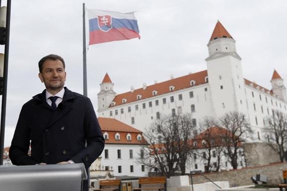 Словакам дозволять пересуватися містом лише з негативним Covid-тестом