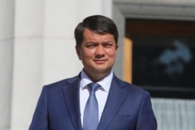 Разумков розпочав візит до Німеччини