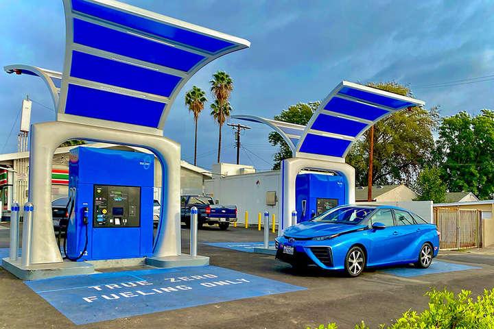 У Каліфорнії відкрилася найпотужніша в світі воднева заправна станція