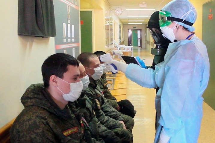 Загалом за час пандемії у лавах ЗСУ одужали 3 947 осіб, летальних випадків – 15 - В українській армії за добу коронавірус виявили ще у 189 військовослужбовців