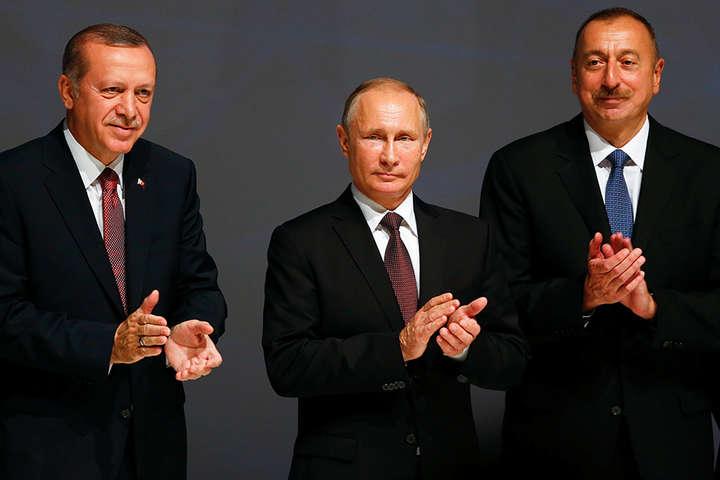 <p>Не виключено, що карабаська війна-2020 розроблялася в стінах Кремля як план покарання вірменського прем'єра…</p> — Карабах: головна війна ще попереду? Росія ніколи не піде добровільно
